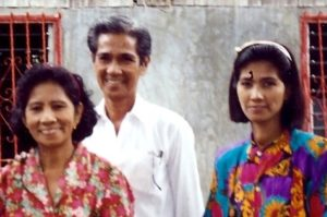 A young Amy with her parents